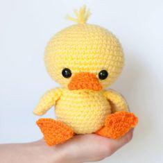 Crochet Amigurumi Animal PATTERN: Dilly the Duck - Crochet duck pattern - amigurumi duckling - crochet duck pattern - crochet - Crochet Cow, Crochet Motifs, Cute Crochet, Crochet Crafts, Crochet Projects, Crochet Simple, Ravelry Crochet, Crochet Elephant, Elephant Pattern