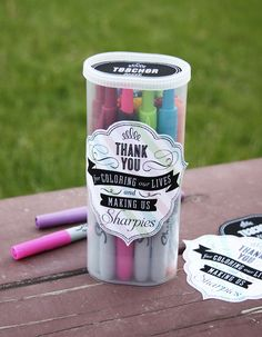 Cute Sharpie teacher appreciation gift with link to free printable lables