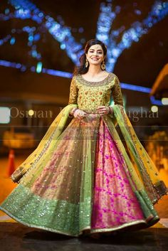 Latest Pakistani Bridal Mehendi Dresses 2016 – The Best Ideas Pakistani Formal Dresses, Pakistani Wedding Outfits, Pakistani Bridal, Bridal Lehenga, Indian Bridal, Indian Dresses, Indian Outfits, Pakistani Mehndi Dress, Wedding Sarees