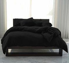 Black Master Bedroom, Black Bedroom Design, Black Bedroom Decor, Room Ideas Bedroom, Home Decor Bedroom, Black Bedrooms, Master Bedrooms, Bed Room, Master Suite