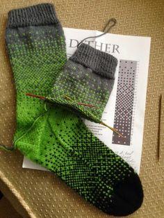 byhandbyjean: Dither Socks