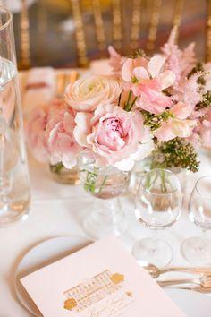 Pretty arrangement, beautiful wedding centerpiece! #weddings #weddingcenterpiece