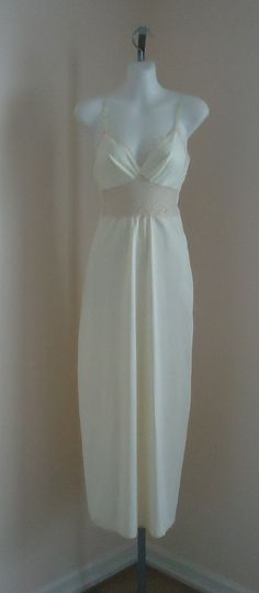 Vintage 1970s Van Raalte Cream Nightgown on Etsy, $52.46 CAD