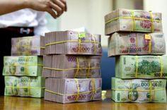 Vietnamese banker sentenced to death for fraud - http://alternateviewpoint.net/2013/11/18/news/business-economy/vietnamese-banker-sentenced-to-death-for-fraud/