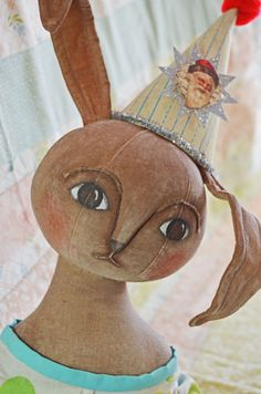 Vintage style bunny by Annie Beez
