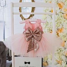 The Princess Aisha dress in Rose Gold is pretty and sweet - just like your little girl! Fluffy layers of soft blush pinktulle make up the tutu skirt. Blushpin
