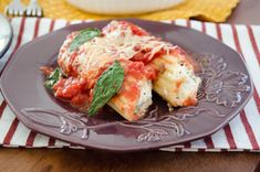 Parmesan Chicken Manicotti.. This looks good, but to be honest, it was the plate that caught my eye! ;p
