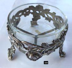 Silver Floral Motif Master Salt with Clear Glass Dish. Condiment Sets, Glass Dishes, Salt Pepper Shakers, Butter Dish, Floral Motif, Clear Glass, Perfume Bottles, Salt Cellars, Salts