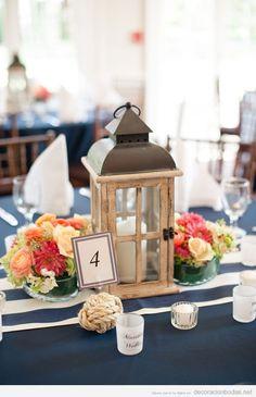Idea decorar centro mesa boda alargada, farolillo vintage