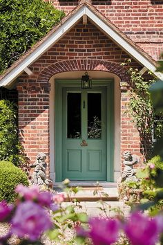 Little Greene 2018 Green Colourcard - National Trust-inspired paint collection Best Front Door Colors, Best Front Doors, Green Front Doors, Painted Front Doors, The Doors, Exterior Door Colors, Exterior Doors, Exterior Paint, Exterior Design