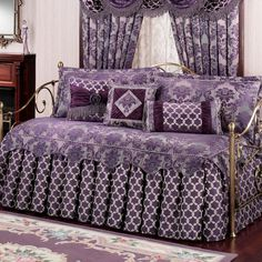 renaissance daybed comforters purple color with curtain