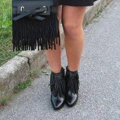 Arrivano i primi #outfit della nuova collezione #autunno #inverno!  E tu con cosa le indossi?  #Shoes #scarpe #tronchetto #tacco