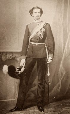 König_Ludwig_II.JPG (JPEG-afbeelding, 1191×1948 pixels)