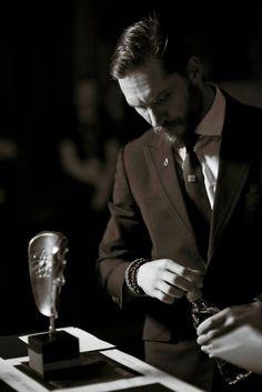 Perfect Man, A Good Man, Tom Hardy Photos, Tommy Boy, Hommes Sexy, Mans World, Peaky Blinders, Gentleman Style, Dapper Gentleman