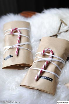 joululahjat,paperipussi,paketti,paketointi Christmas Feeling, Nordic Christmas, Christmas Love, Winter Christmas, Xmas, Birthday Gift Wrapping, Christmas Gift Wrapping, Diy Christmas Gifts, Handmade Christmas