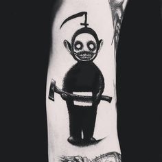 The author of our compilation of tattoo works today is the Norwegian tattoo artist Morty, who creates uniquely atmospheric and truly fearful tattoos. Just look at the Teletubbies-demons! Satanic Tattoos, Evil Tattoos, Creepy Tattoos, Badass Tattoos, Black Tattoos, Body Art Tattoos, Tattoos For Guys, Sleeve Tattoos, Black Work Tattoo