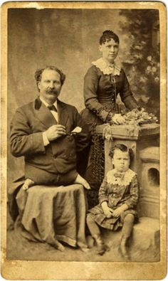 25 Vintage Photographs Of 19th Century Freaks. How Has Humanity Improved