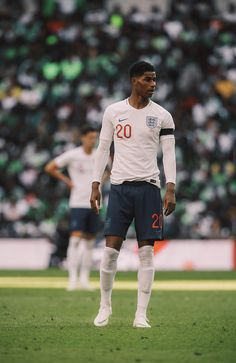 England v Nigeria of Football Boys, Football Season, Manchester United Wallpapers Iphone, England National Team, Match Of The Day, Manchester United Players, Marcus Rashford, England Football, Football Wallpaper