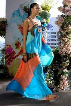 Suboo Quilla Qua Pleated Maxi Dress in Blue Multi