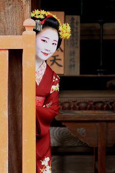 Maiko Shouko. #japan #geisha
