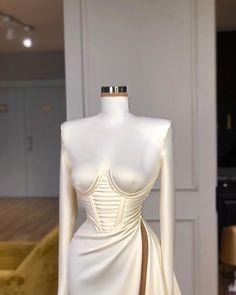 "Valdrin Sahiti on Instagram: ""2🎂 #valdrinsahitiofficial"" Glam Dresses, Event Dresses, Pretty Dresses, Sexy Dresses, Beautiful Dresses, Fashion Dresses, Fancy Gowns, Luxury Dress, Elegant Outfit"