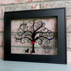 Family Tree Frame with Vinyl - a Silhouette Portrait or CAMEO project