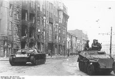 50 Breathtaking Photos of the Operation Barbarossa, 22 June 1941 Operation Barbarossa, Ww2 Photos, Ww2 Pictures, Armored Fighting Vehicle, Ww2 Tanks, German Army, Armored Vehicles, Military History, Warriors