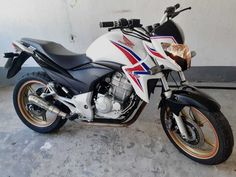Honda Cb 300, Motorcycle, Vehicles, Top, Tyre Brands, Volvo Trucks, Cell Wall, Dreams, Paper
