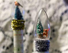Light bulb scenes. How neat..
