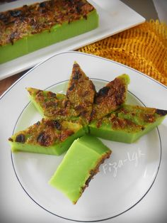 Indonesian Desserts, Asian Desserts, Traditional Cakes, Cake Bars, Cake Cookies, Avocado Toast, Food And Drink, Appetizers, Snacks
