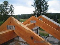 Balustrades, Roof Trusses, Diy Storage Shed, Diy Shed, Tiny House Cabin, Log Cabin Homes, Traditional Greenhouses, Heating A Greenhouse, Hot Tub Gazebo