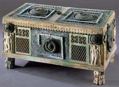 Roman Art, Ancient Artifacts, Pompeii, Ancient Rome, Roman Empire, Romans, Decorative Boxes, Carving, Pottery
