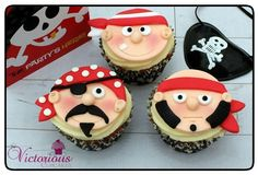 Photo via Victorious Cupcakes Swashbucklin' pirate cupcakes: