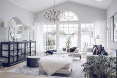 Favoritmattan i vårt hem och start! Interior Design Living Room, Living Room Decor, Interior Decorating, Interior Exterior, Interior Design Inspiration, Home And Living, Decoration, Furniture, Home Decor