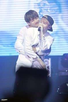 "V-Ga~ one of the rare moments of Suga being hugged~ :"">"