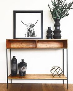 35 Stylish Console Table Design Ideas You Must Have - Many people today are confused when they think of the furniture term console table. In the past, consoles or hall tables were largely used as a decora. Entryway Decor, Entryway Tables, Hall Tables, Side Tables, Console Table Styling, Skinny Console Table, Iron Storage, Storage Rack, Interior Decorating