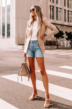Fashion Jackson Wearing Tan Blazer White Tshirt Raw Hem Denim Shorts Tan Sandals Celine Belt Bag Tan Blazer Outfits, Nude Outfits, Look Blazer, Summer Fashion Outfits, Trendy Outfits, Cool Outfits, Camel Blazer, Shirt Outfit, Blazer Fashion