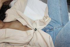 "The Italian Minimalist.© on Instagram: ""◽ Nudité. . . . #minimal #minimalist #simple #simplicity #comfort #fashion #style #love #contemporary #modern #aesthetics #aesthetic #minimalove #minimalobsession #photooftheday #itsalexisnelly #theitalianminimalist #outfit #outfitoftheday #minimalismo #lessismore #simpleandpure #minimalistics #nude #neutral #jeans"""