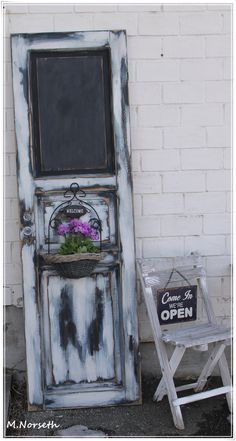 Painted with The Old Fashioned Milk Paint <3 By Fru Pigalopps Verksted