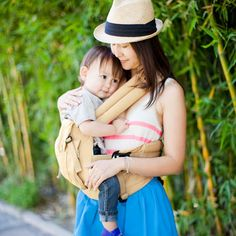 ERGObaby baby carrier (wear your baby in the front, back or on the side)