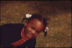 File:A YOUNG BLACK CHILD, ONE OF THE NEARLY 1.2 MILLION PEOPLE OF HER RACE WHO MAKE UP OVER ONE THIRD OF CHICAGO'S... - NARA - 556139.jpg