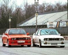 6,886 отметок «Нравится», 19 комментариев — BMW Classic (@bmwclassic) в Instagram: «Thrill-seeking Couple. Double the Fun this sunny ///M Monday #BMWClassic #BMWM3 #BMWM3GruppeA…»