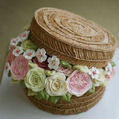 #홍콩에서 오신 수강생분이 만드신 #햇박스 케이크 #버터크림케이크 #버터크림 #플라워케이크 #buttercreamcake #flowercake #flowerstagram #kissthecake