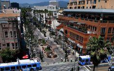 ecoNODE: 3rd Street Promenade: Pedestrian Mall in Santa Monica, CA