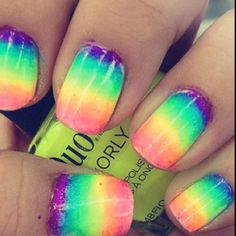 ROY G BIV Rainbow Gradient Nails