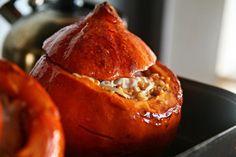 Zapečená dýně s bulgurovou směsí - http://receptydetem.cz/zapecena-dyne-s-bulgurovou-smesi/