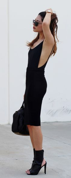 backless #black #dress