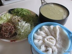 Welcome to Tevy's Kitchen: Rice noodle with Rhizome Roots soup (Num Banch Chouck Somlor Khmer)