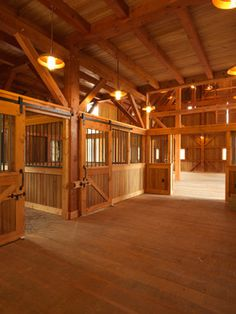 Gentleman's Barn - e