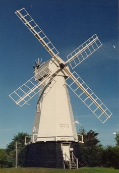 Heritage Windmill, North Chailey, East Sussex. September 1989 http://en.wikipedia.org/wiki/Heritage_Mill,_North_Chailey